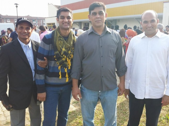 Naveed Haider With Friends