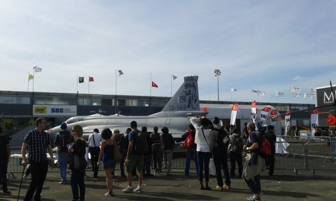 JF-17 Thunder at Paris Air Show 2015