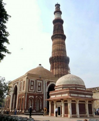 Imam Zamin ki Bargah, Seyyed Hussain Tusi Dehlavi