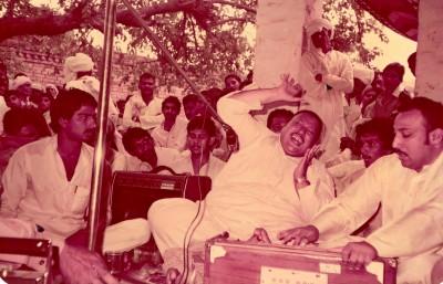 Nusrat at Pir Sayda Shah Sahib's Urs
