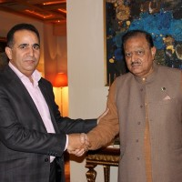 Raja Manzoor Janjua with Mamnoon Hussain