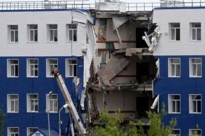 Russian Military Barracks Collapsed