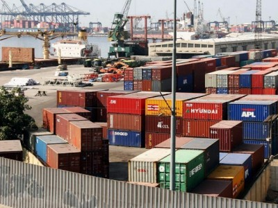 Transporter Container Strike