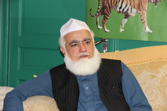 syed hasnaat shah (70)