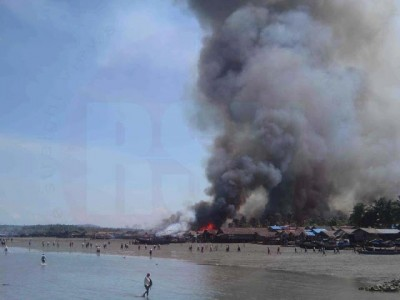 Kyaukpyu town Fishing village burning