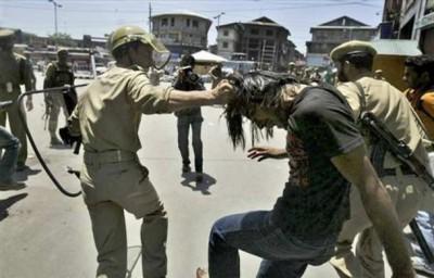 Indian Army Kashmiri Students Violence