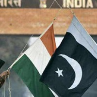 Pakistan, India Flag Meeting