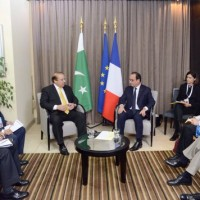 French President And Nawaz Shareef