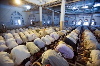 Prayers in Masjid