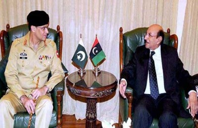 Lieutenant General Naveed Mukhtar and Qaim Ali Shah
