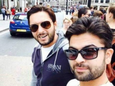 Shahid Afridi and Ahmed Shahzad