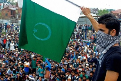 Pakistani Flags Waved in Kashmir