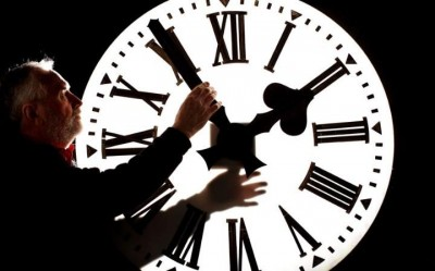 Clock Time Setting