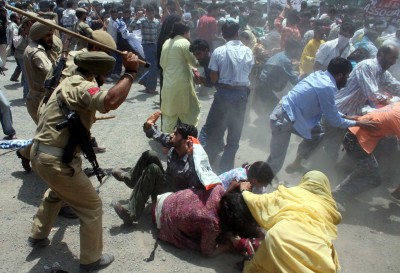 Indian Police Beat Female