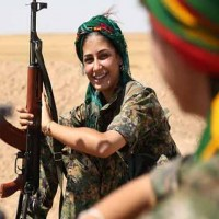 Kurdish fighters women