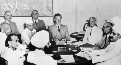 Quaid e Azam with English Leaders