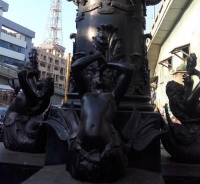 Khada Parsi Statue