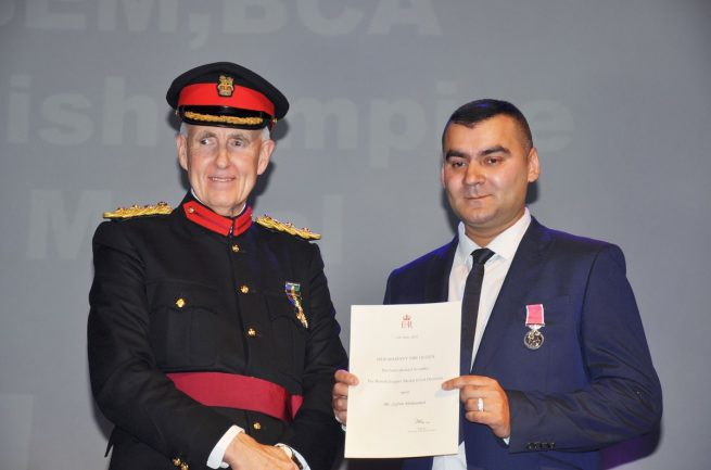 Mohammed Zafran Receive Award