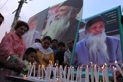Abdul Sattar Edhi, Lit Candles