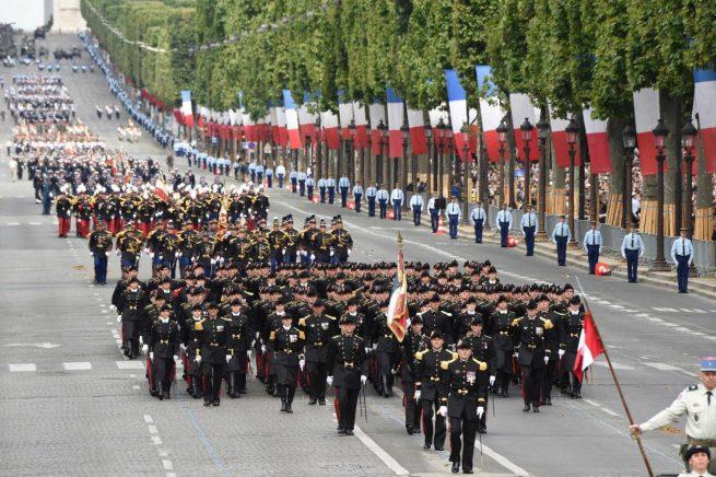 Au total, 3 200 soldats ont défilé sur les Champs-Elysées