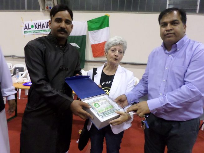 Imigration Oficer Receive Shield