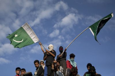 Kashmir Pakistani Flags