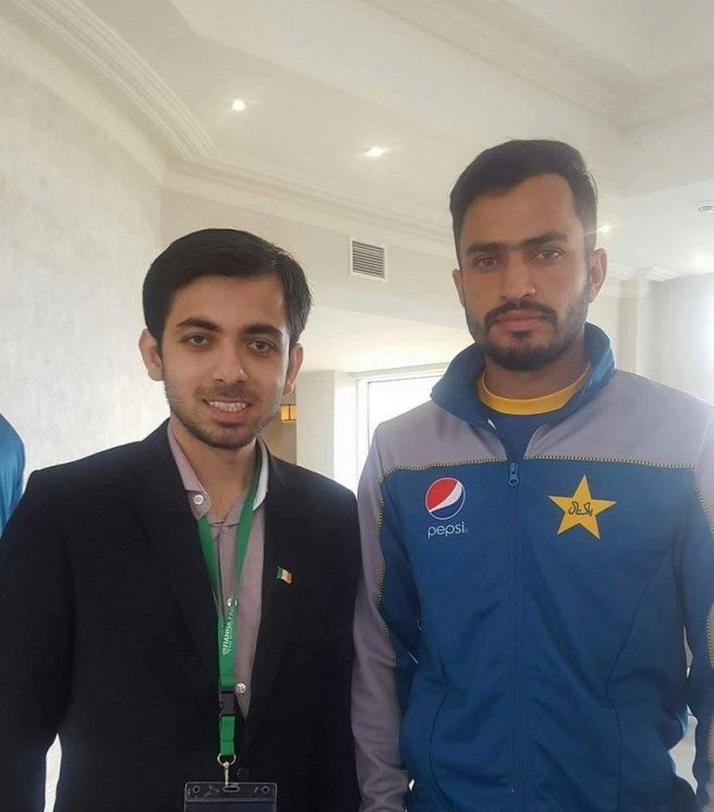 Ammar Ali Meeting Pakistani Team