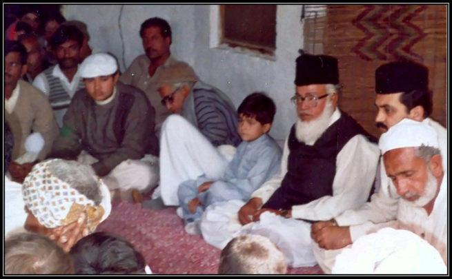 Pir Hadi Hussain Shah sahib with Sahibzada Ali Abbas Shah and Sahibzada Naeem ul Hasan Bukhari at Qawwali mehfil