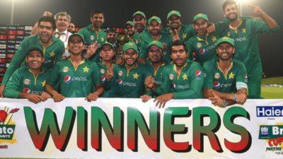 Pakistani Team Celebrate
