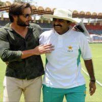 Shahid and Javed Miandad