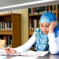 hijab-girl-study
