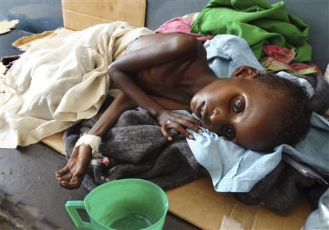 صومالیہ: چار لاکھ بچوں کی زندگی خطرے میں