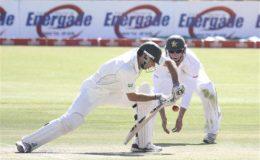 بلاوایو ٹیسٹ : پاکستان نے زمبابوے کو سات وکٹ سے شکست دیدی