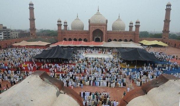 عید الاضحی آج مذہبی جوش وخروش سے منائی جا رہی ہے