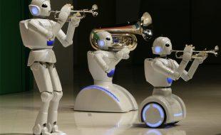 کراچی :نجی کمپنی کے تحت سائنسی اسٹال، مختلف اقسام کے روبوٹس