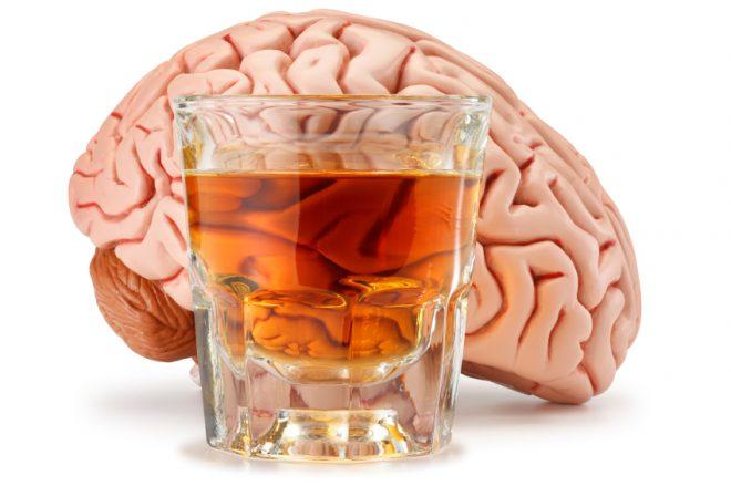 الکحل دماغ پہ کس طرح اثر انداز ہوتی ہے؟