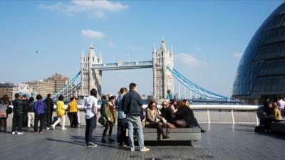 London Bridge Tourist