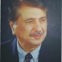 Dr. Arif Riaz