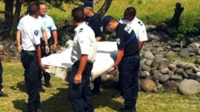 Plane Debris Headed to France