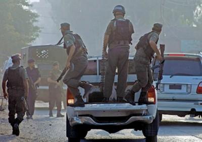 Taleban Attack Pakistani Military Bas