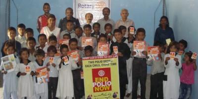 Mumtaz Baig Speaking Presented Polio Awareness Rotary Boxes
