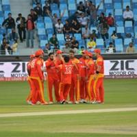 Islamabad United Beat Karachi Kings