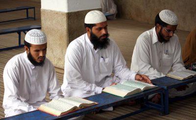 Holy Quran Praying