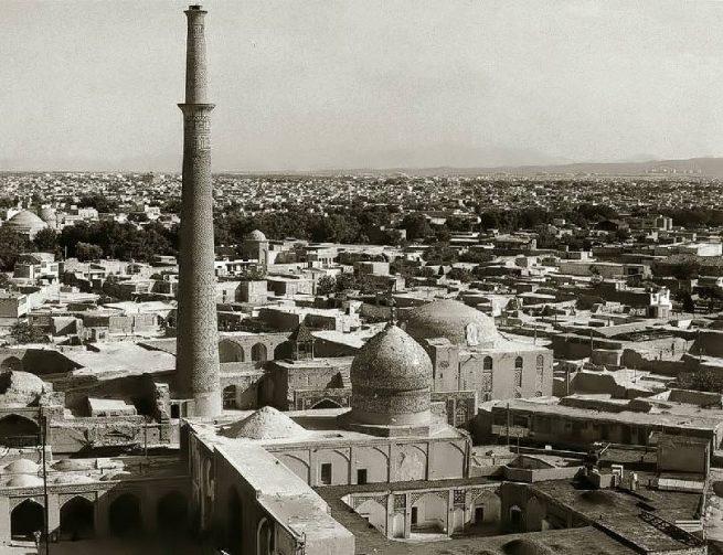 Haroon e Vilayet and Ali Minar Isfahan