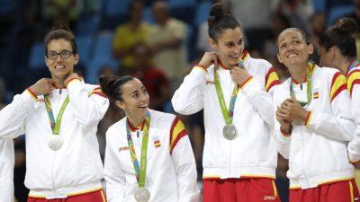 US Women Win Olympic Basketball Gold