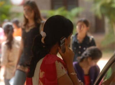Panchayat Bans Mobile Phones Girls