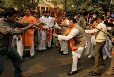 Hindus Attack Muslims
