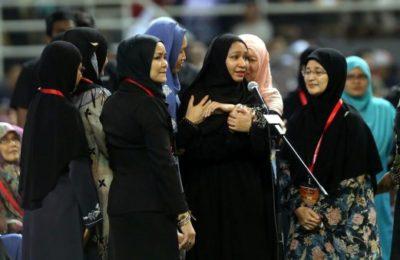 Woman Convert to Islam