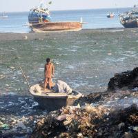 Karachi Pile Garbage