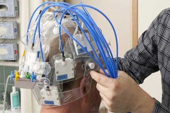 """دماغی چوٹ کی فوری شناخت کیلئے """"مائیکرو ویوو ہیلمٹ"""" تیار"""